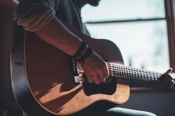 consejos-comprar-guitarra-acústica